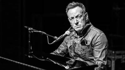 Preview bruce springsteen on broadway opener 71eb0e79 809b 402a 8adb 1b7657e43272