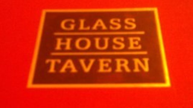 Glass House Tavern (American / Bar $$-$$$)