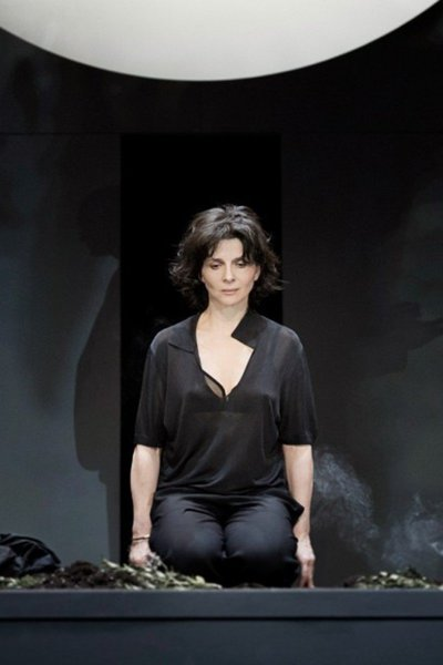 Medium theatre juliette binoche une antigone a vif visuel article2
