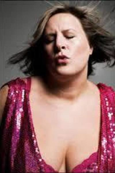 Medium bridget everett