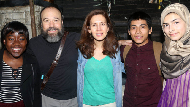 3 Refugees From Around the World Take In 'Fiddler' - Fiddler On The Roof