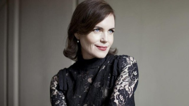 Q&A: Elizabeth McGovern of 'Time and the Conways' - Time and the Conways