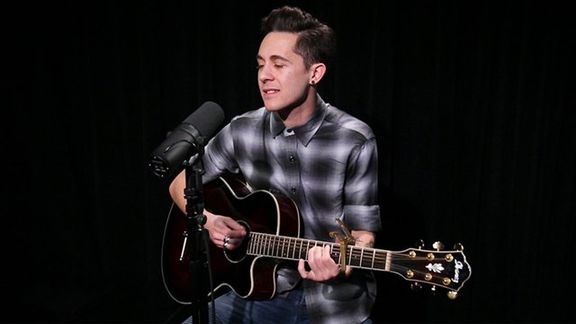 "Broadway Unplugged: Charlie and the Chocolate Factory Star Mike Wartella Gives ""Pure Imagination"" a Fresh Acoustic Spin - Charlie and The Chocolate Factory (Broadway)"