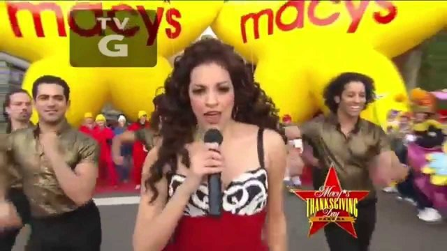 ON YOUR FEET! Medley LIVE @ 2015 Macy's Thanksgiving Day Parade - On Your Feet!