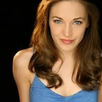 Laura Osnes: Cast in Blueprint Specials