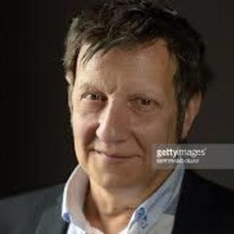 Robert Lepage: Playwright in 887