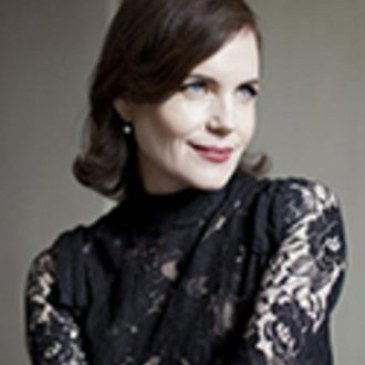 Elizabeth McGovern: Mrs. Conway in Time and the Conways