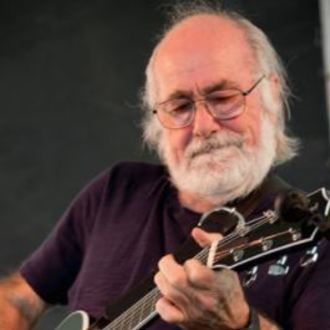 Robert Hunter: Composer in Red Roses, Green Gold