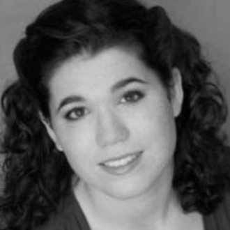 Molly Houlahan: Director in How to Succeed as an Ethnically Ambiguous Actor