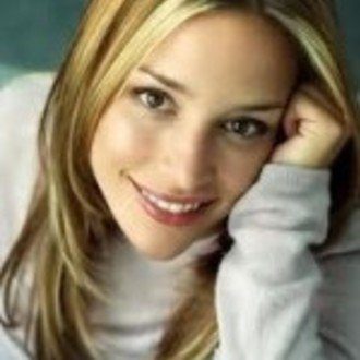 Piper Perabo: Cast in Lost Girls